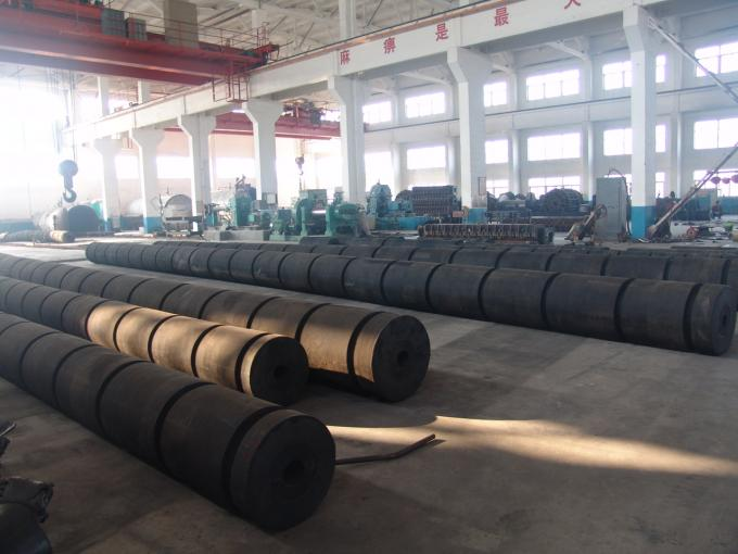 Natural Rubber Elements Marine Tugboat Rubber Fenders For Tugboats