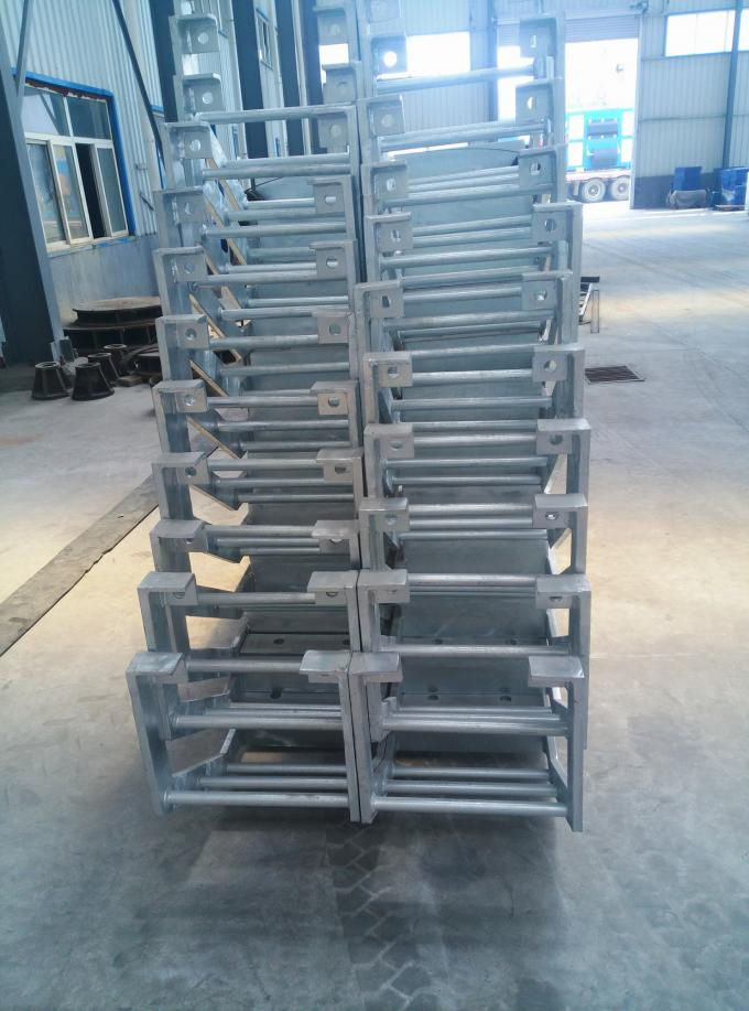 Hot Dip Galvanizing Dock Marine Boarding Ladder For Rubber Fender Maintenance