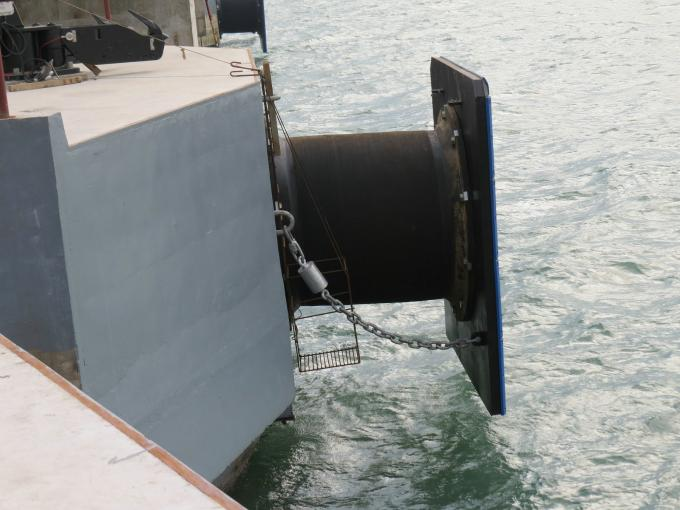 Marine Super Cell Type Rubber Fender Marine Large Port Fendering System