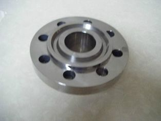 China ANSI B16.5 Flanges Ring Joint Flange Widely Used In Connecting Pipes supplier