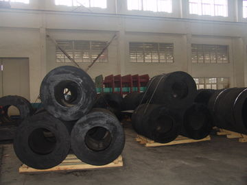 China Easy Installation Rubber Boat Fenders Long Service Time Fender Rubber Marine supplier