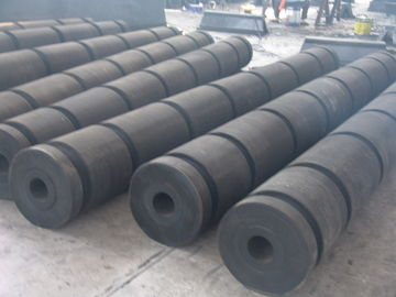 China Natural Rubber Elements Marine Tugboat Rubber Fenders For Tugboats supplier