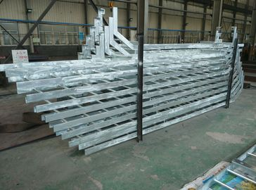 China Hot Dip Galvanizing Dock Marine Boarding Ladder For Rubber Fender Maintenance supplier