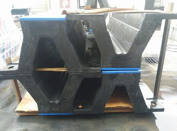 China Bolted With UHMW - PE Face Pads Arch Type Marine Rubberboat Dock Fenders Replacement supplier