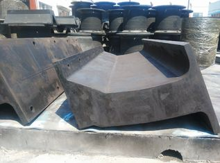 China 60 % Natural Rubber Marine Unit Element Rubber Fenders For Dock Fendering supplier